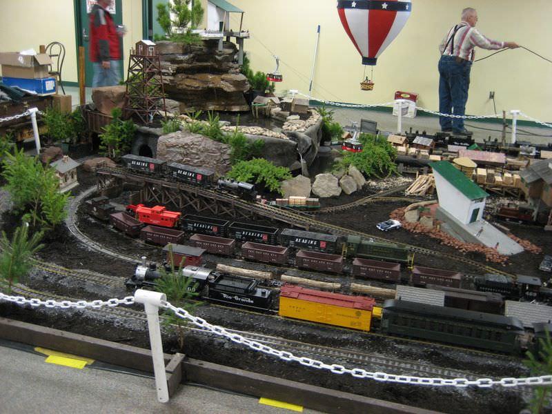 2011 East Coast Large Scale Train Show Setup